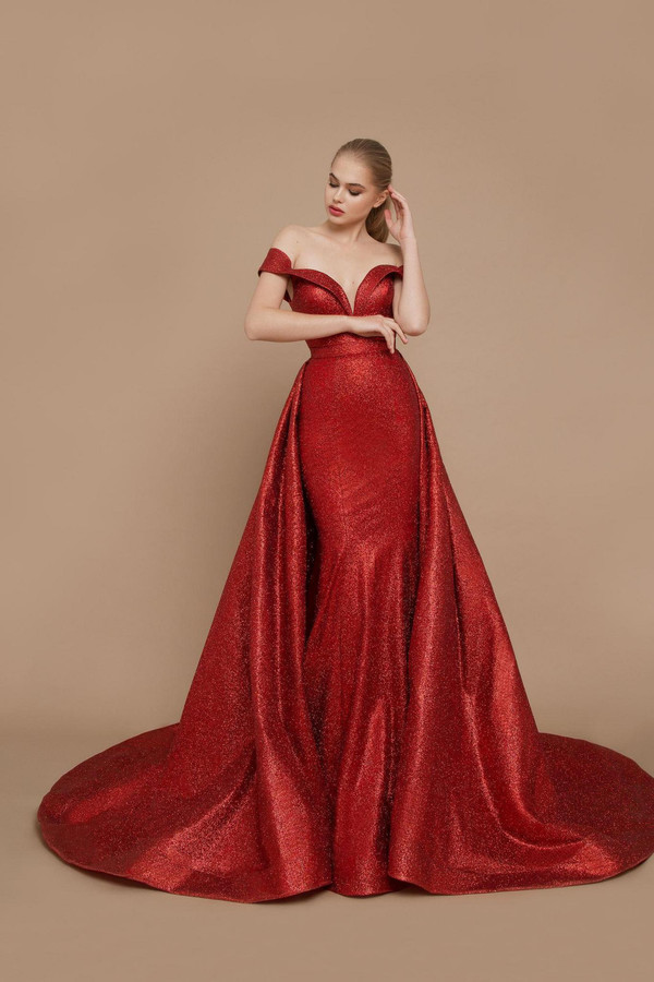 20-V-011 Grammy in Evening Couture 2020